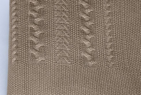 Плед вязаный Коса (свиток)